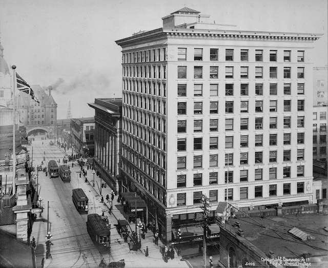 1913 Rogers Building on Granville. Richard Broadbridge photo. Archives # CVA 220-04