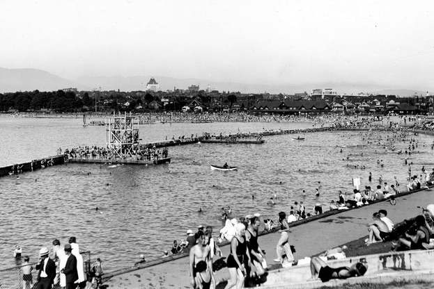 Kitsilano Pool 1940-1948 The Camera Products Co. Archives #AM54-S4-: Be P19