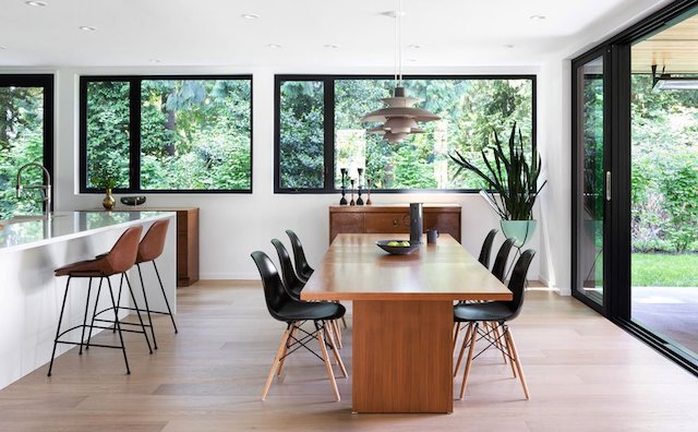 Modern Homes Tour - Newmarket Drive - Photo by Ema Peter