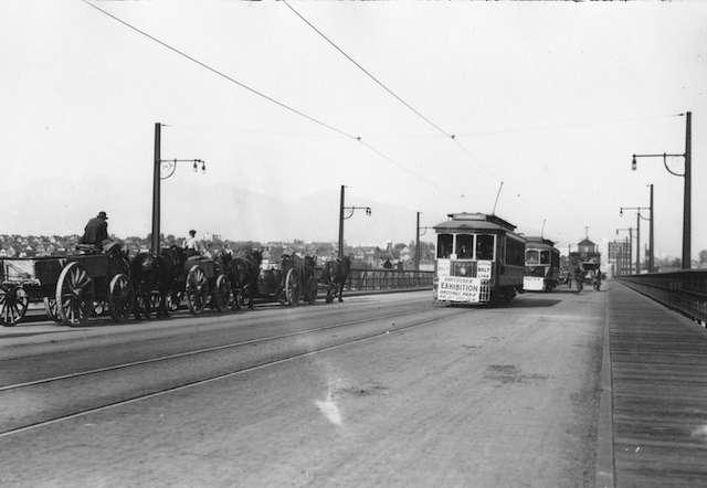 1920-Connaught_CambieBridge