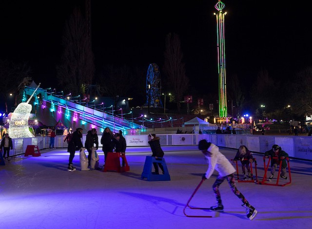 Aurora-Winter-Festival-Skating