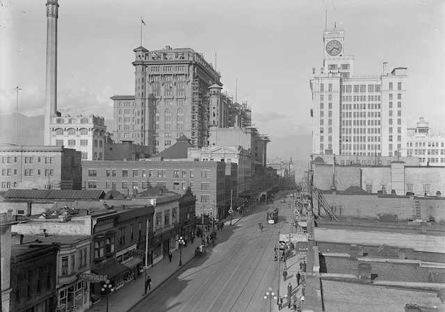1920 Granville looking north from Smithe.