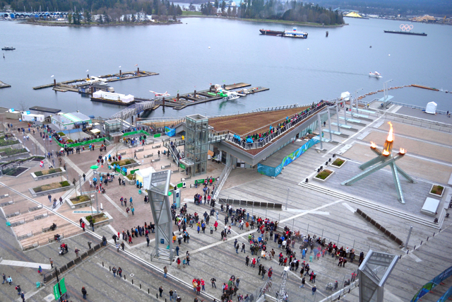 Miss604_2010_Vancouver_Olympic_Cauldron2