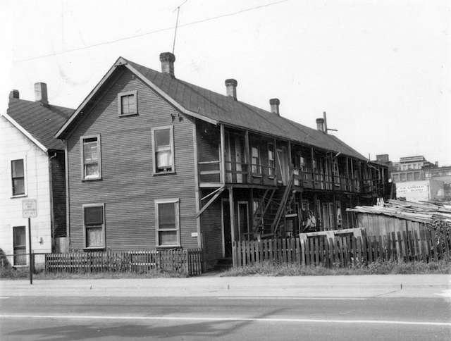 1968 259 Prior St Chou Doely Gam cabins