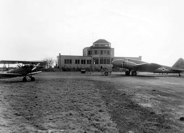 1936 Leonard Frank - Exterior of Administration building at Sea Island Airport. Archives# Air P44