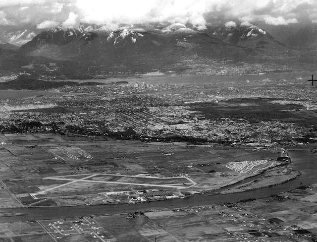 1946 Sea Island Airport. Archives # Air P25