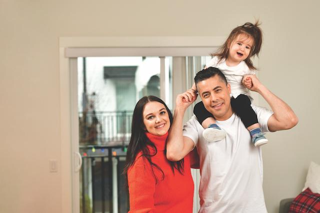 Nick Kanaan, Lindsay Kanaan, and their daughter Meera.