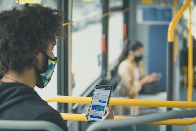 TransLink Rolls Out Free WiFi on Transit